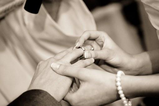 同い年の彼氏と結婚するなら30代がベストな3つの理由